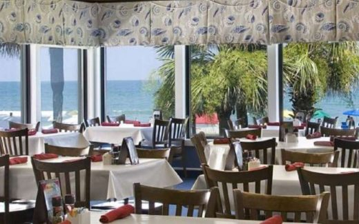 Beachfront Dining in Myrtle Beach