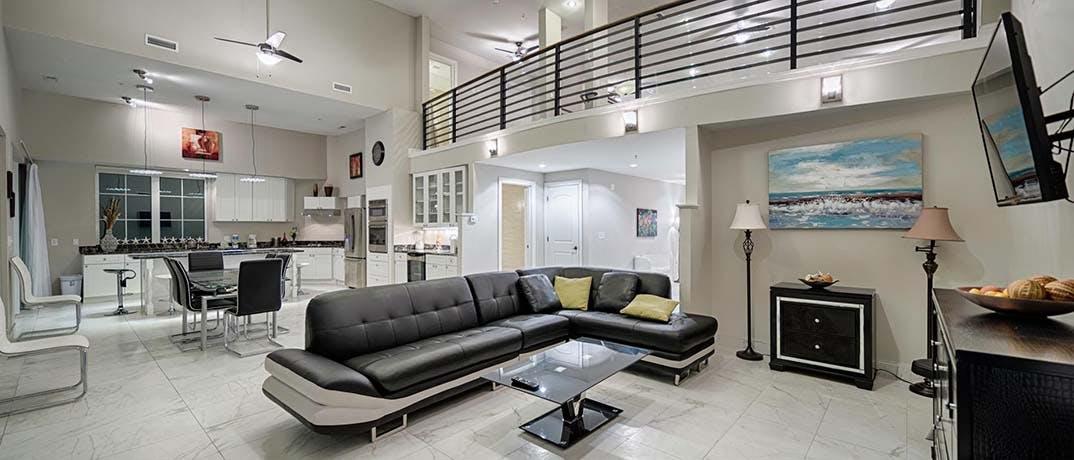 Bali Bay Resort Livingroom