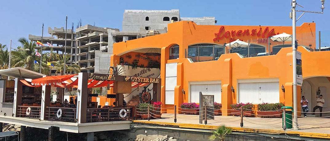 Lorenzillo's Los Cabos dining in Cabo San Lucas.