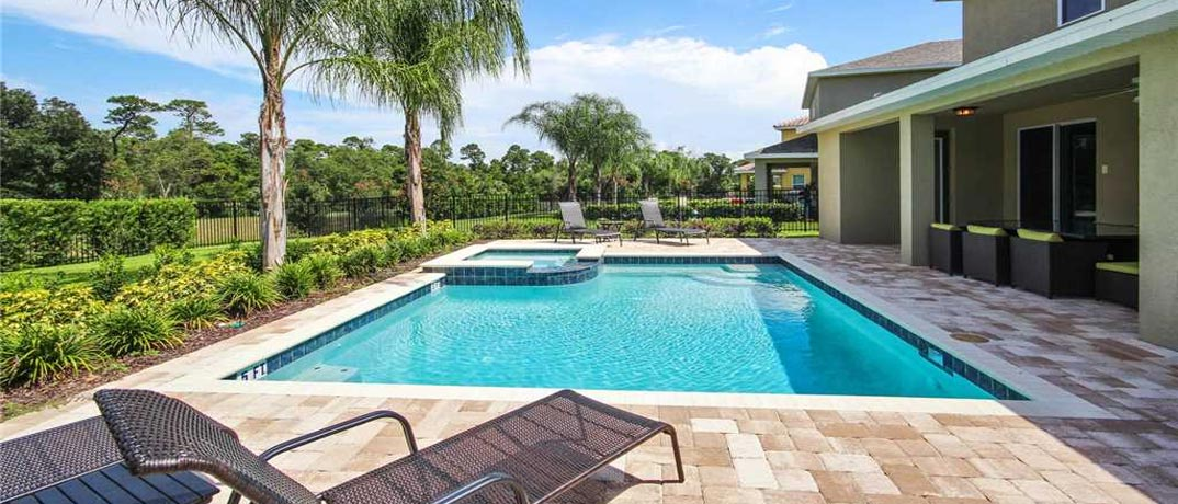 Stay at Orlando with Condo World