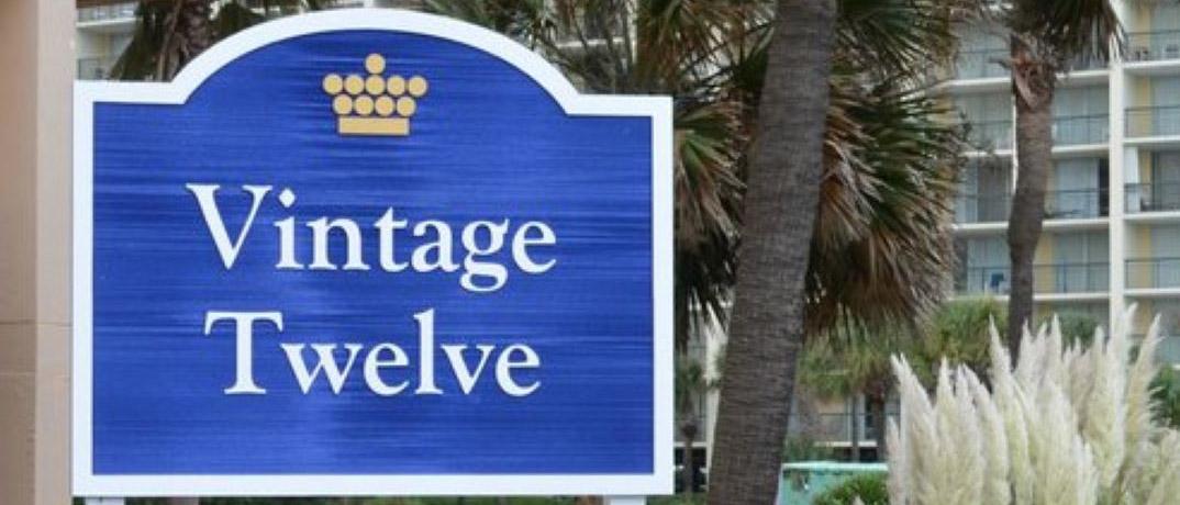 vintage-twelve