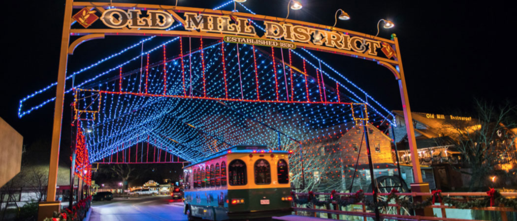 Winter Magic Trolley Ride of Lights